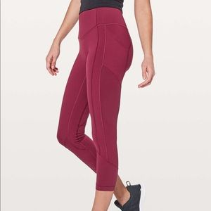 Lululemon All The Right Places Crop Ruby Wine sz 6